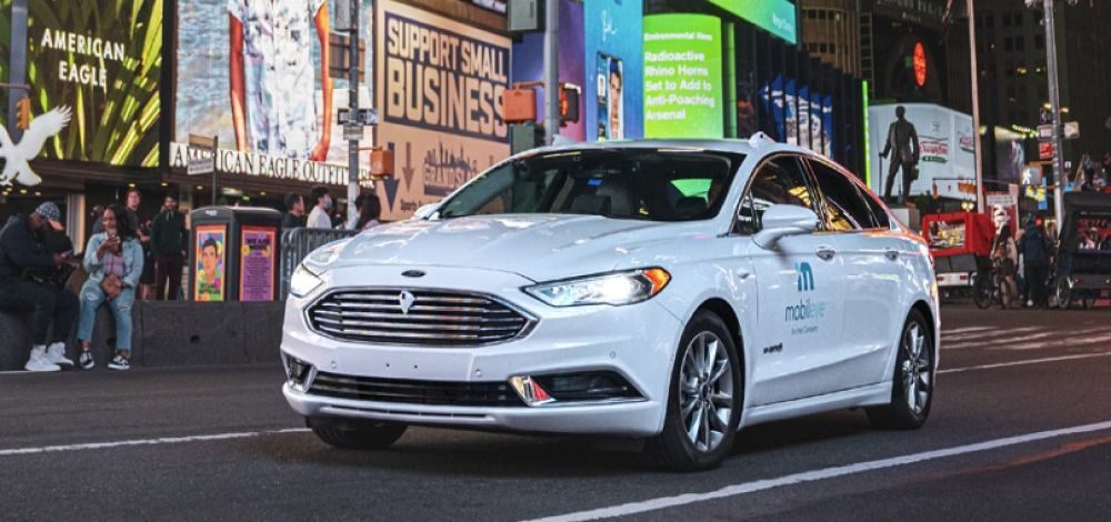 Mobileye autonomous vehicle testing in New York's Times Square