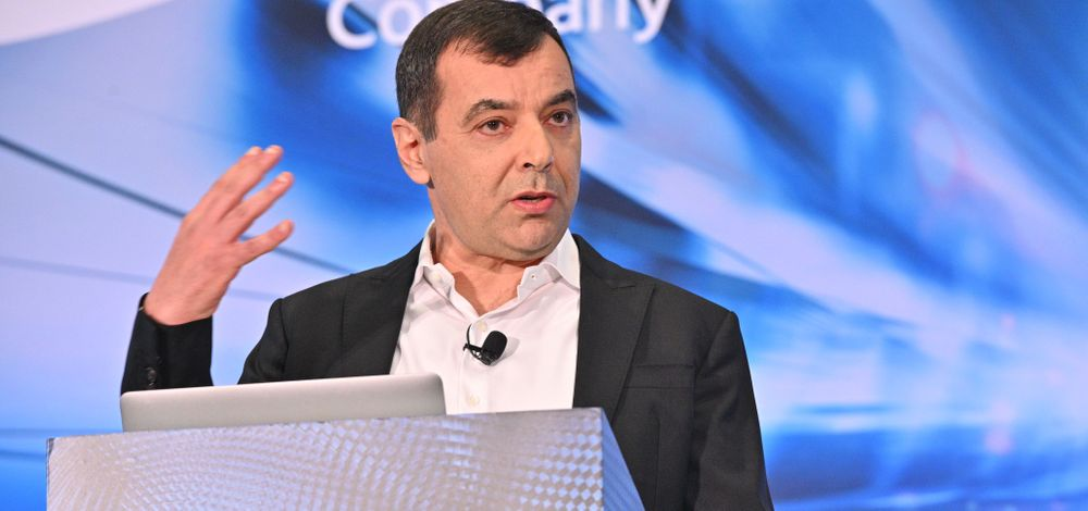 Mobileye CEO Prof. Amnon Shashua at the podium
